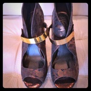 Fergie Bronze Camo Heels